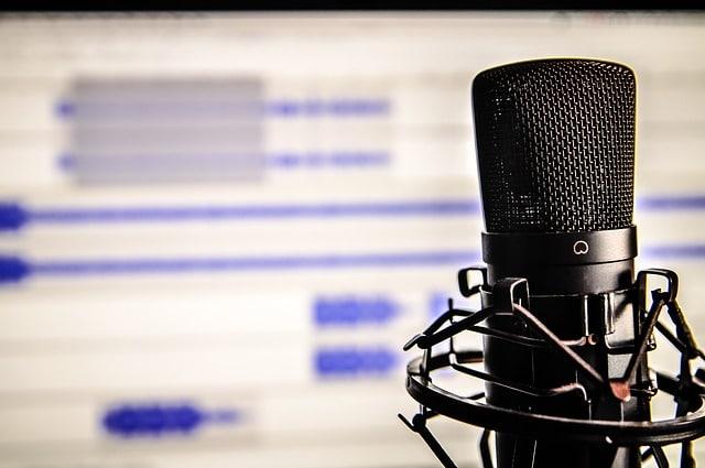 microphone: Clár 0007 - Nuacht i ngaeilge simpli